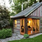 Decorate your backyards with backyard sheds