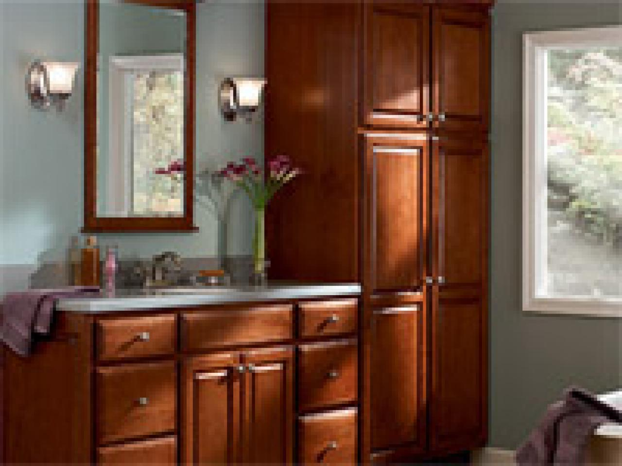 bath cabinets guide to selecting bathroom cabinets | hgtv PULDRNJ