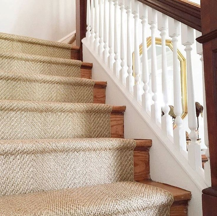 beautiful custom sisal stair runner - the perfect simplistic touch in EOJYRWG