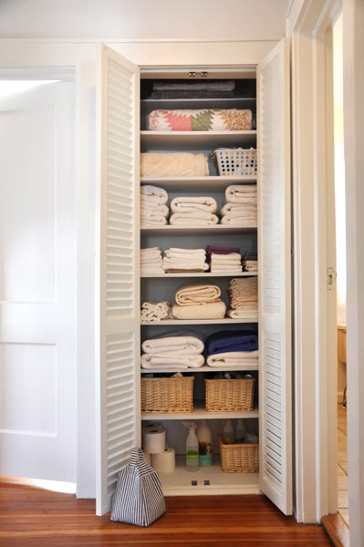 beautifully organized: linen closets | apartment therapy MKPNWRN