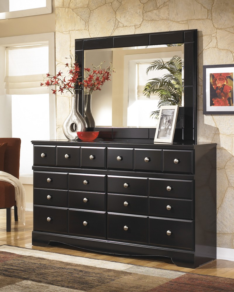 Bedroom dressers making organizing clothes fun