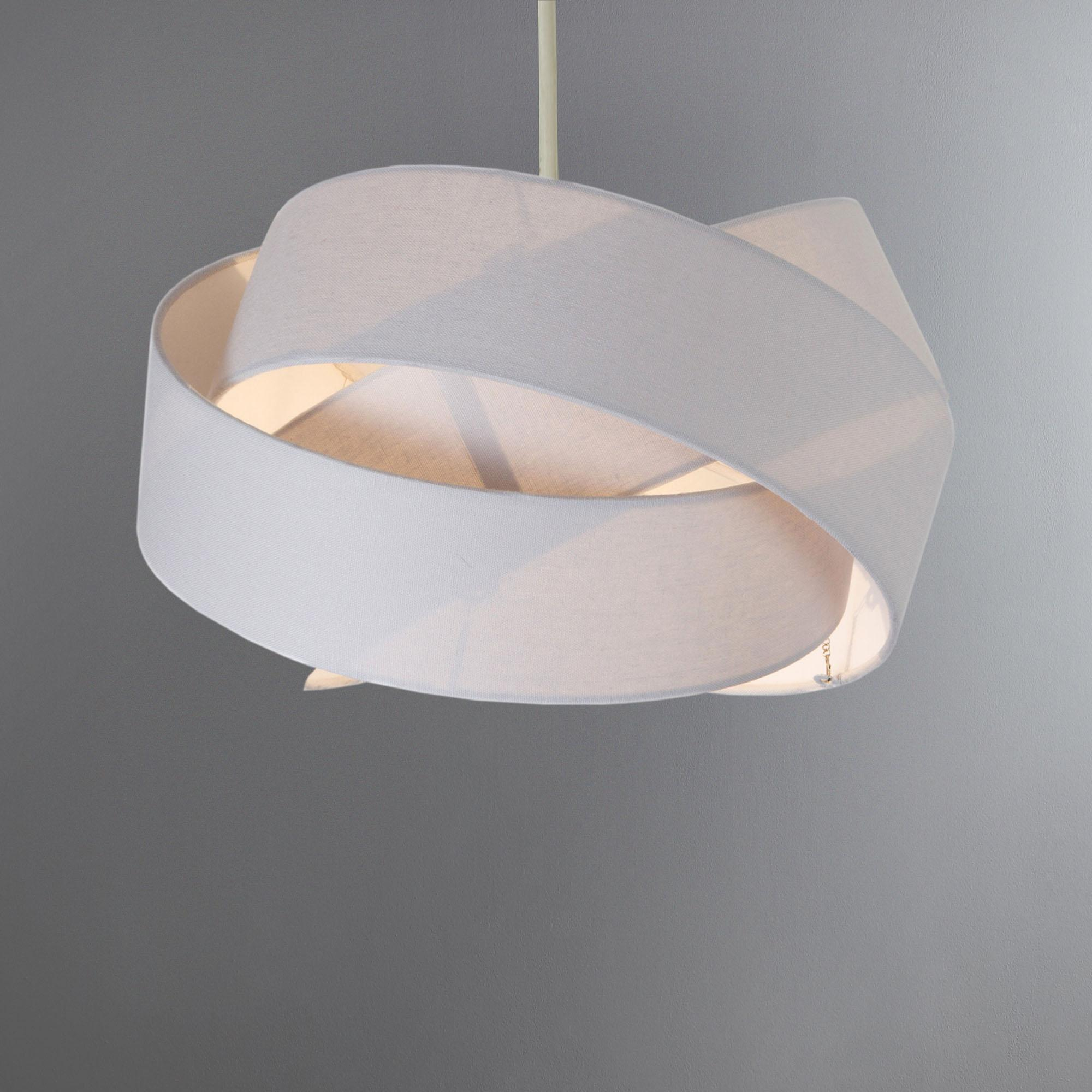 A Guide to Choosing Ceiling Light Shades