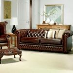 Classy vintage look with Chesterfield furniture