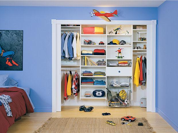 classic kids closet HTIHDEQ