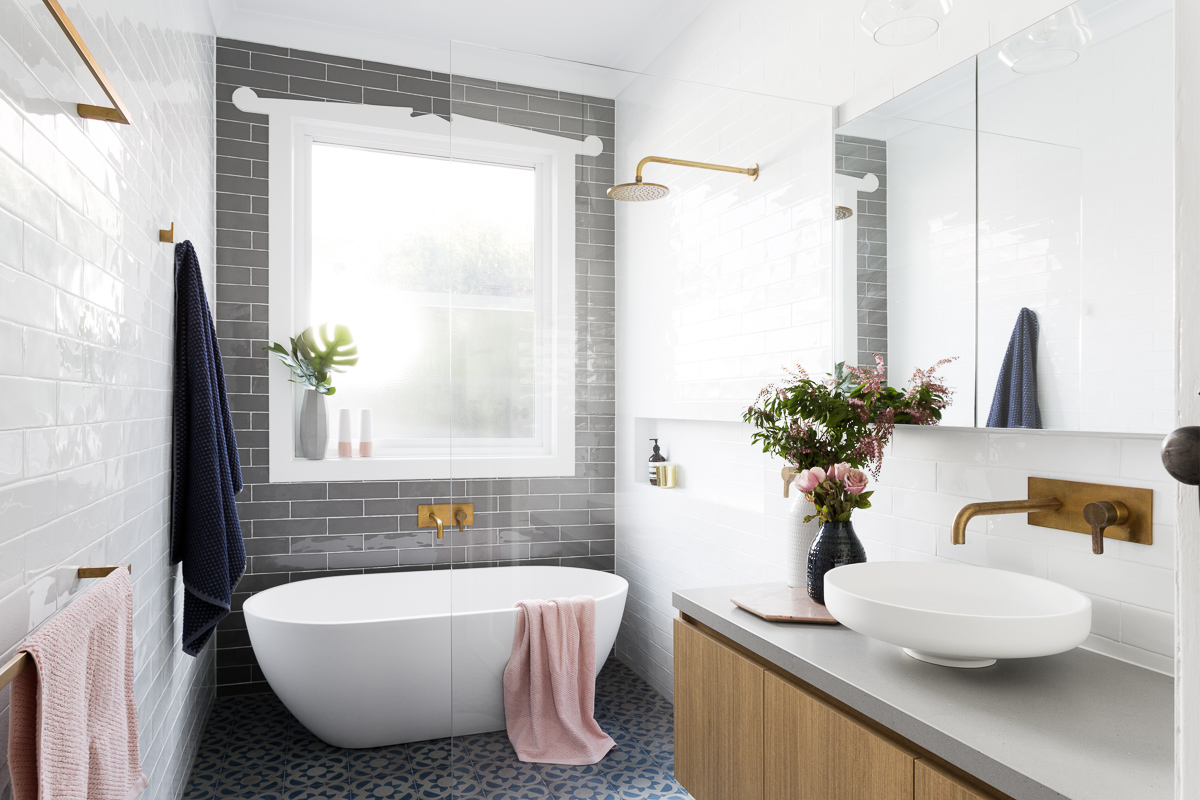 dealing with bathroom renovation mistakes AYFKHGS