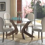 3 Essential Considerations When Choosing Glass Dining Room Table