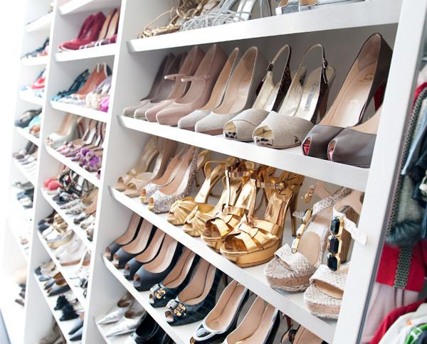 how to spring clean your shoe closet (so you can get UYQDWWY