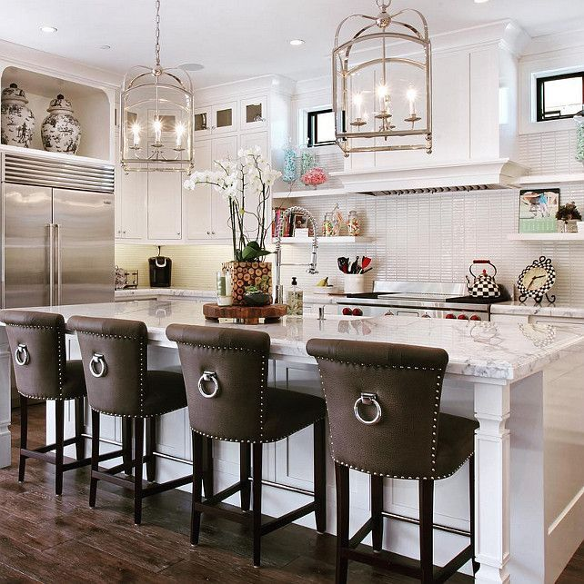 kitchen bar stools bar stools for kitchens classic barstools enhance this traditional kitchen SIWMUCA