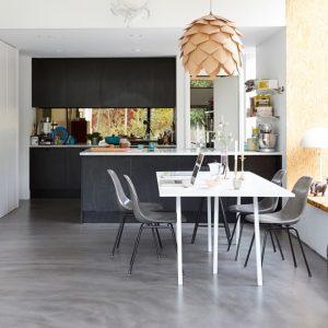 kitchen floors image courtesy of pinterest EYNTVZI