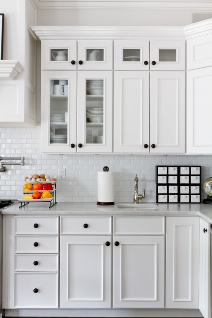kitchen knobs my houzz: iris dankner traditional-kitchen DCKWUAD