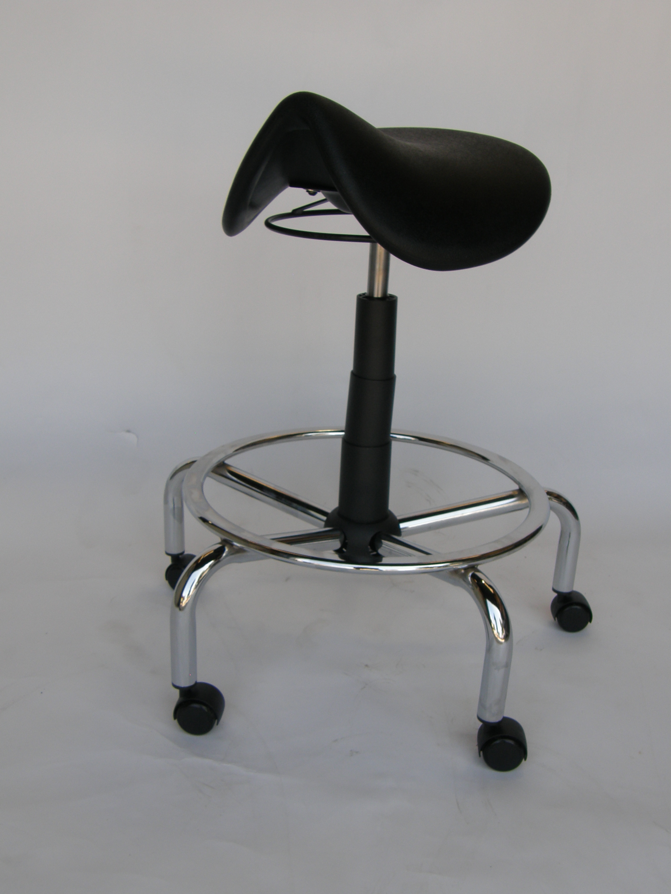 Why a Saddle Stool Offers You More Comfort of Working