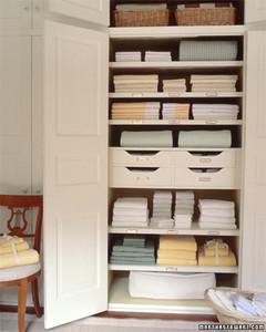 linen closets organizing a linen closet VUSICDI