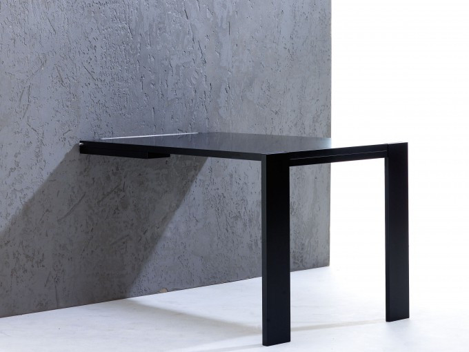 Wall Table For Practicality And Elegance
