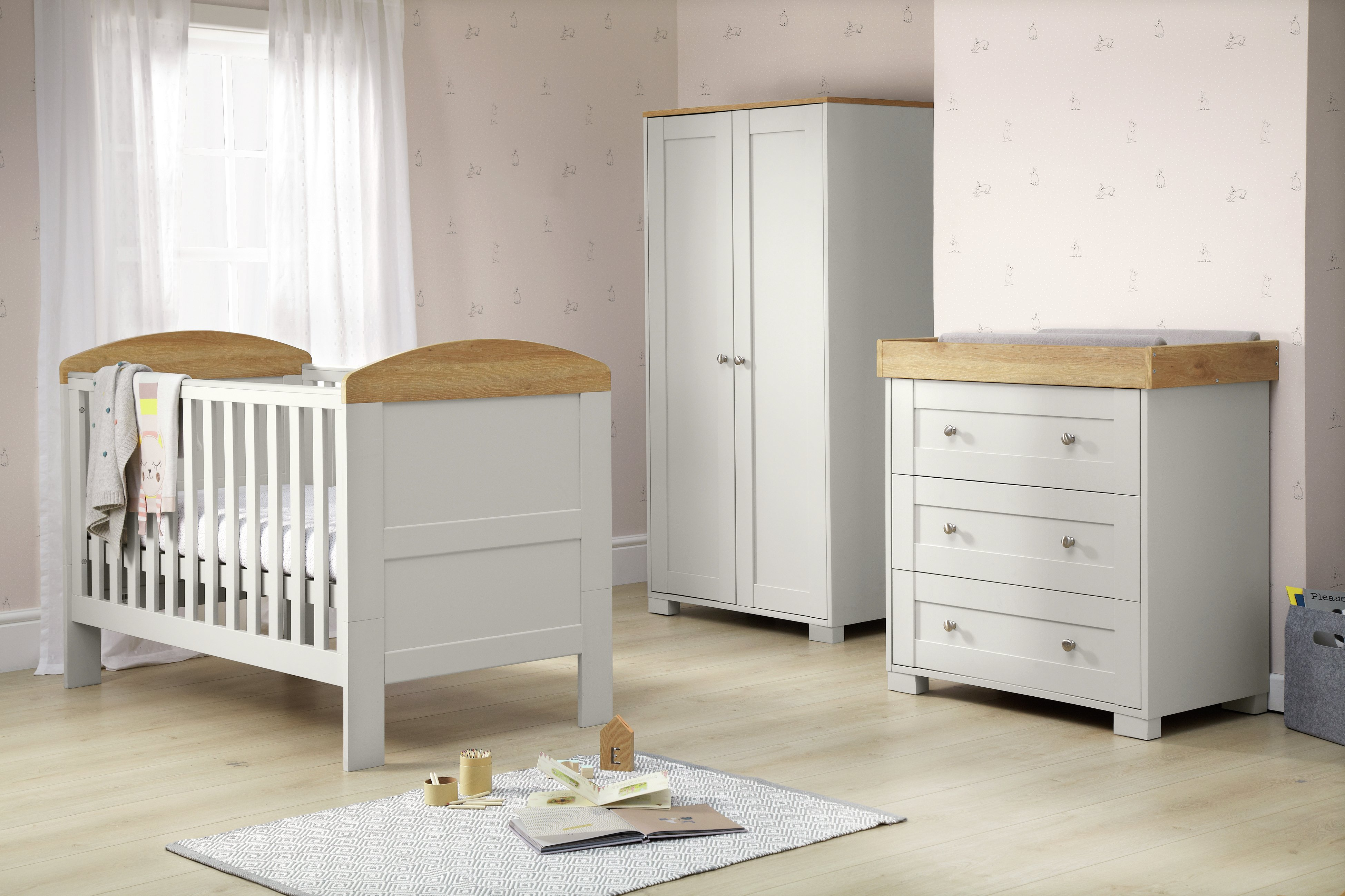 How to Buy Nursery Furniture Sets