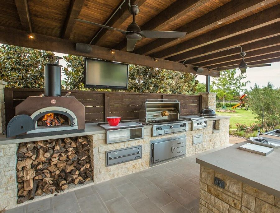 outdoor kitchen designs cook outside this summer: 11 inspiring outdoor kitchens - dennis schorndorf RBHQFTX