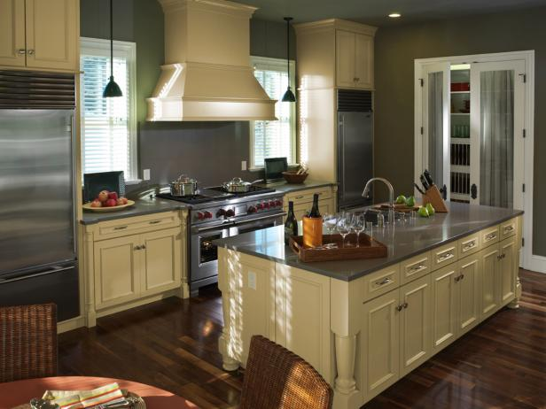 Painted Kitchen Cabinets for Revamping Your Kitchen