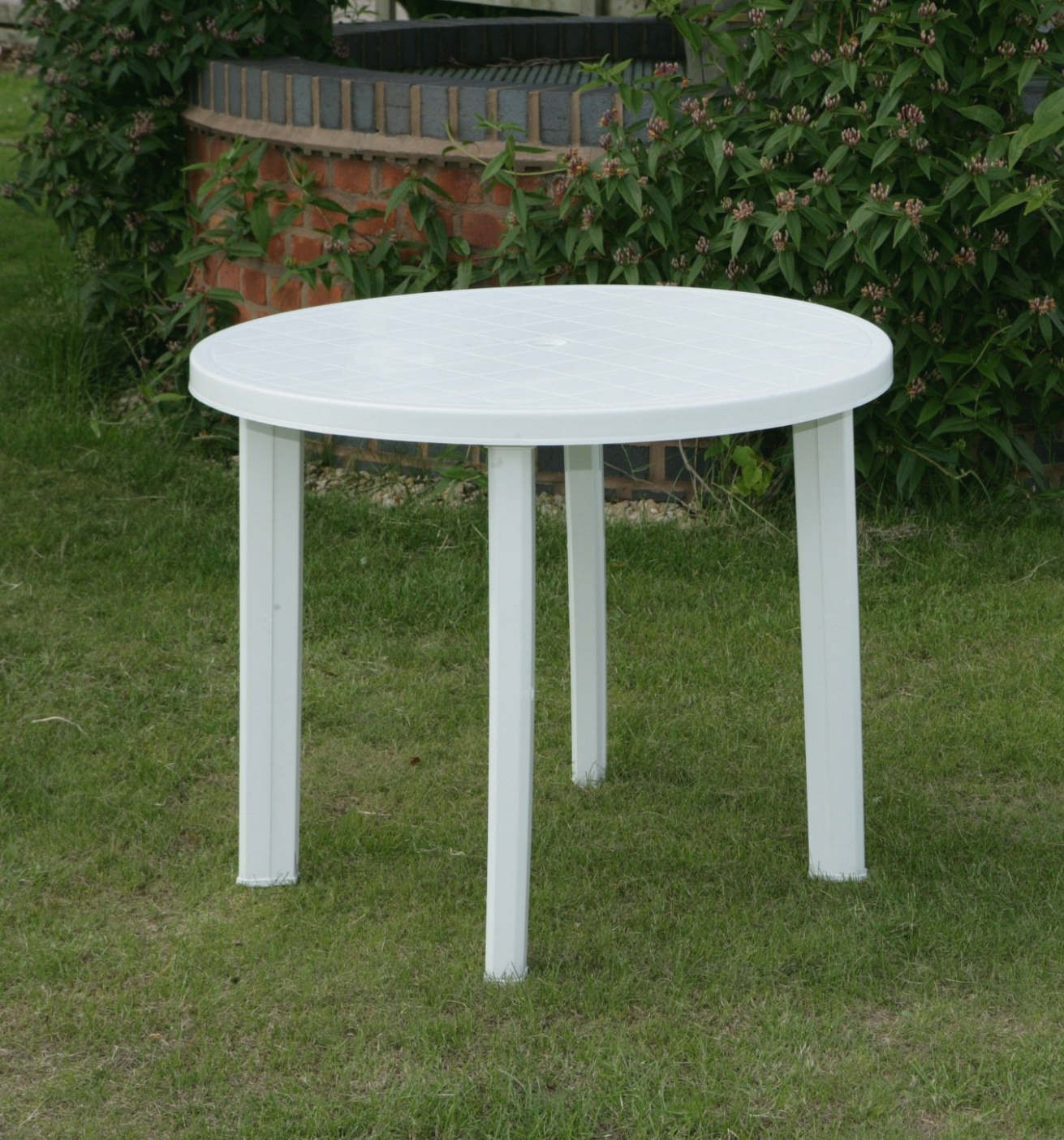 plastic garden table classy resin plastic patio furniture for your residence idea: round garden PNJOKBY