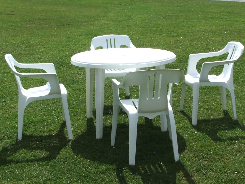 plastic garden table plastic garden furniture makes sense for your outdoor comfort - decorifusta QFLCKVL