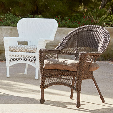 sets wicker furniture wicker table with colorful pots accent furniture PUEYYHQ
