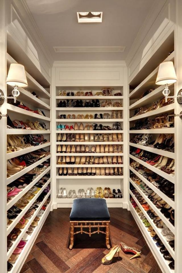 shoe closet for those who have the room, a closet just for shoes HPDUAMM