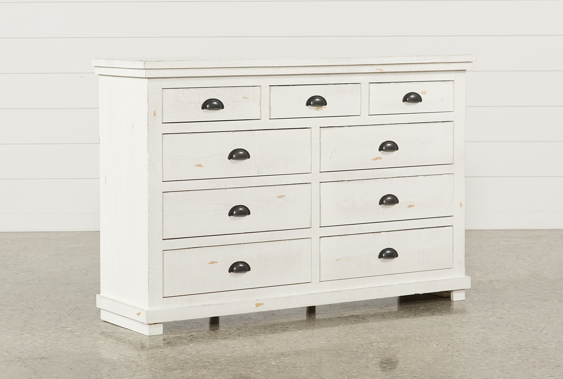 Get an elegant look in the room with white dresser