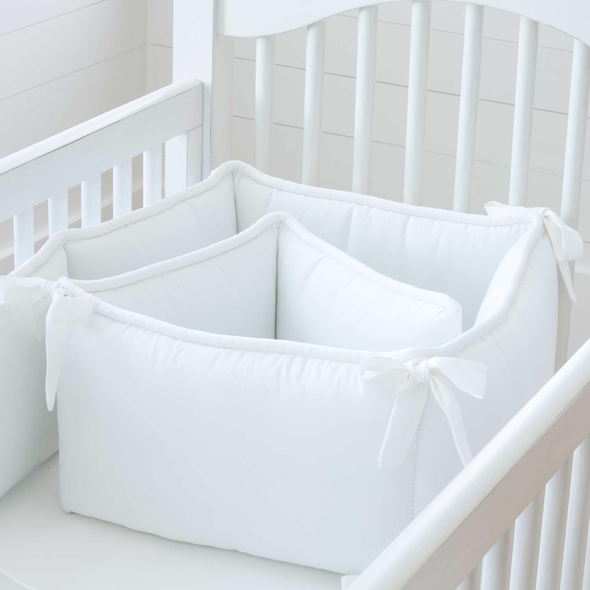 solid white crib bumper BWBOXKW