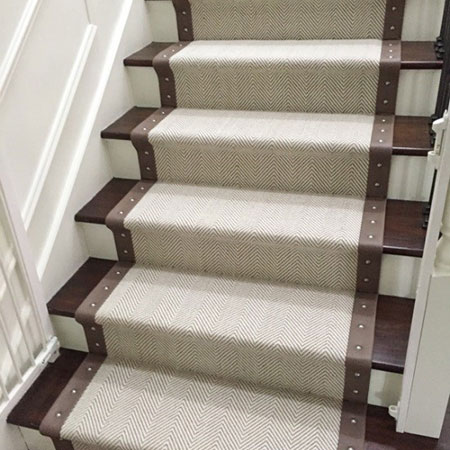stair runner peter island with leather border and studs GCLLUTX