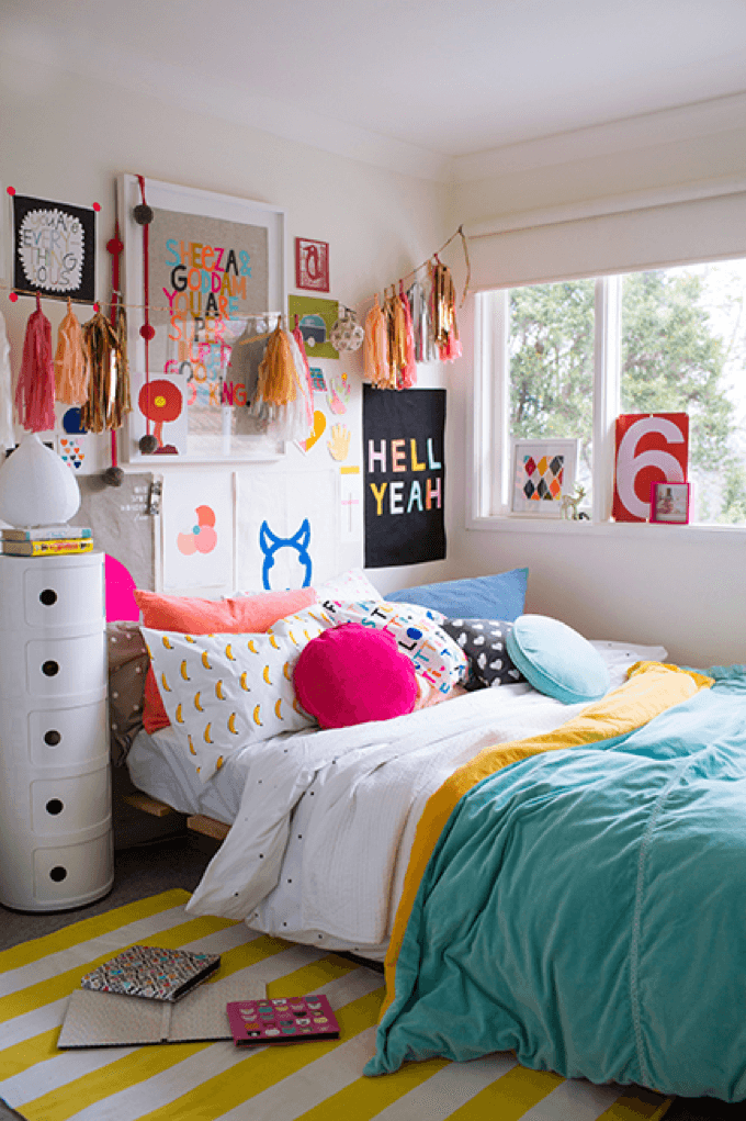 teen girl bedroom colorful teen girlu0027s bedroom AQOECHB