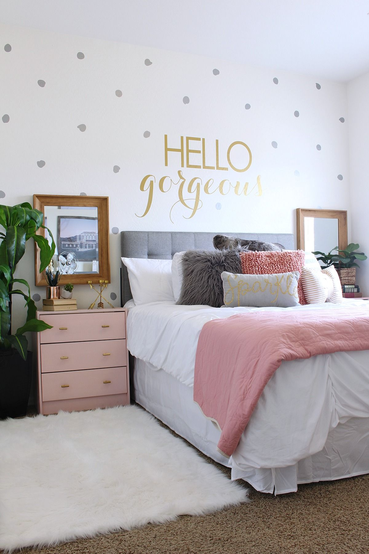 teen girl bedroom teen room makeover ideas - www.classyclutter.net | love the combo of UOKMCCE