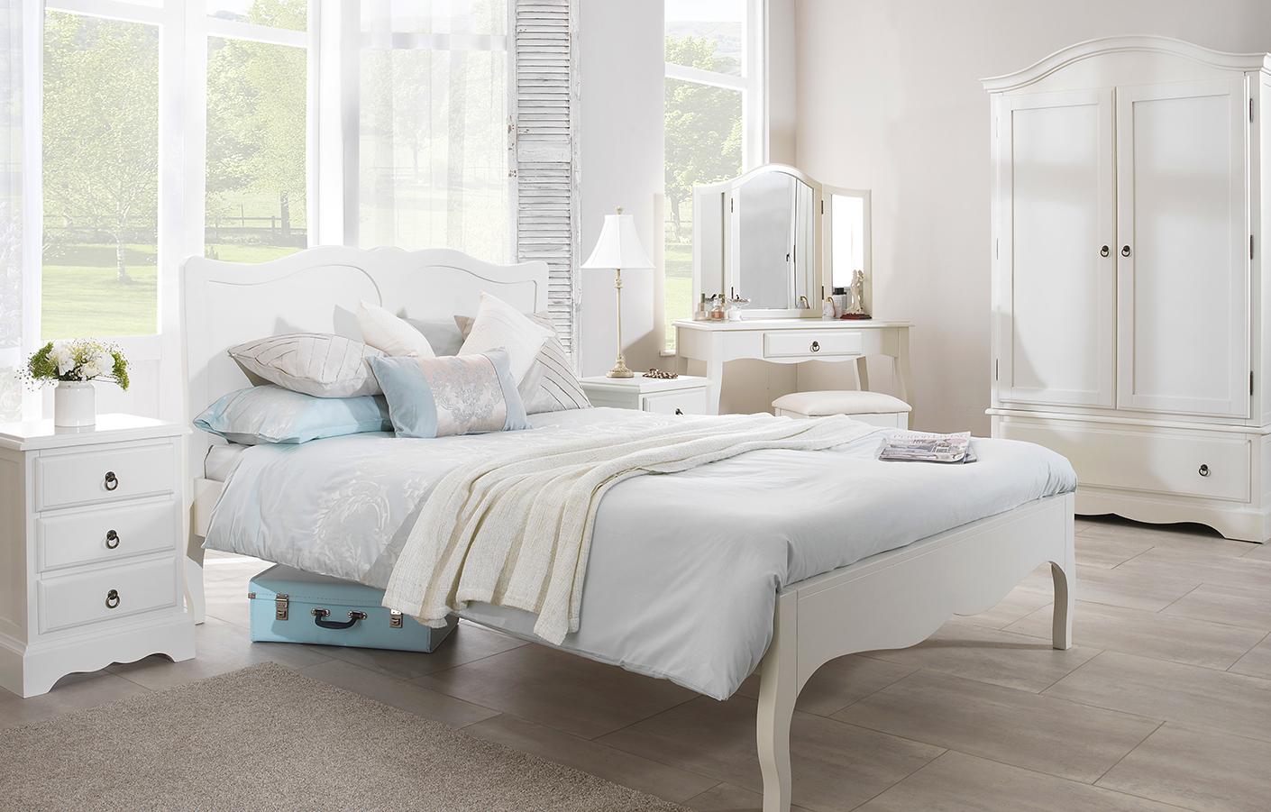 vintage bedroom furniture cream LLVRQVB - What Type Of Furniture Is Vintage Bedroom Furniture