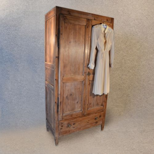 vintage wardrobe wardrobe antique pine french quality vintage cupboard double c1900 PIEWRRT