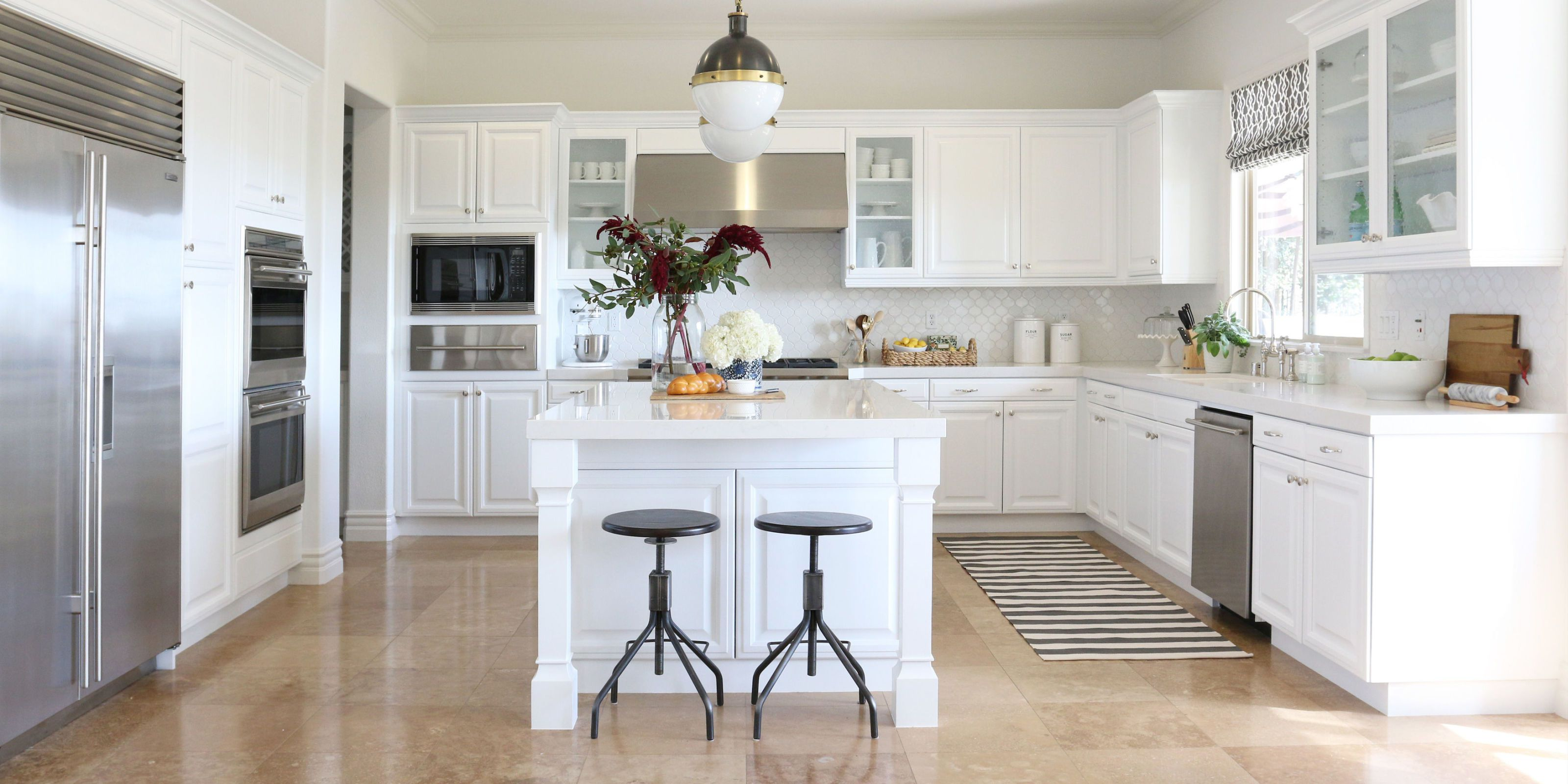 White Kitchen Cabinets Increase Hygiene of Your Place