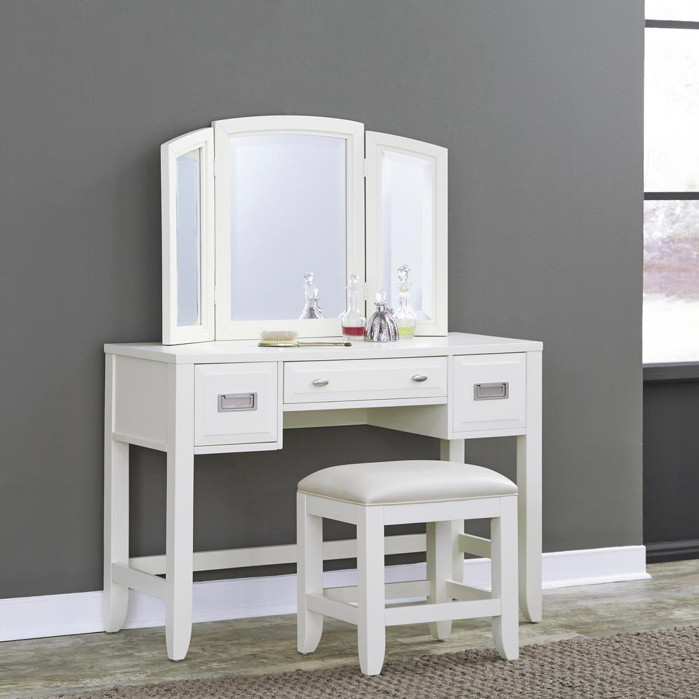 White Vanity Placement Brings Good Change