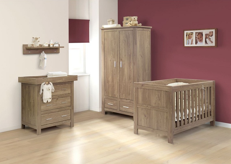Oak Wood Furniture Set For Nursery Room - HomesCorner.Com