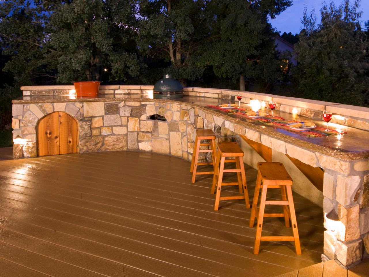Outdoor Bars: Options and Ideas