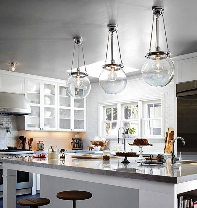 How to make your home sparkle with a help   of clear glass pendant lights for kitchen island