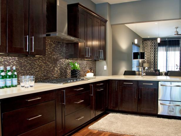HSTAR7_Britany-Simon-Black-Gray-Contemporary-Kitchen-2_4x3