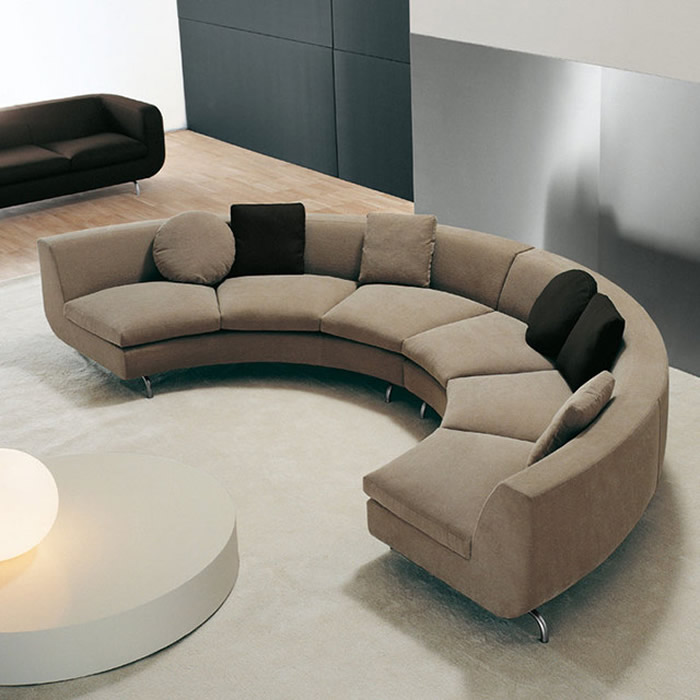 Benefits Of Using Curved Sofas For Small Spaces Darbylanefurniture Com