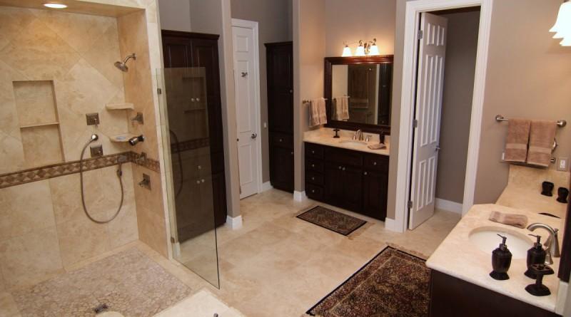 BATHROOM RUGS · Decorative bathroom rugs