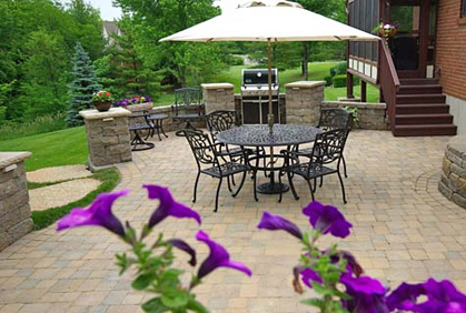 Pictures of patio landscaping designs ideas and photos; Simple