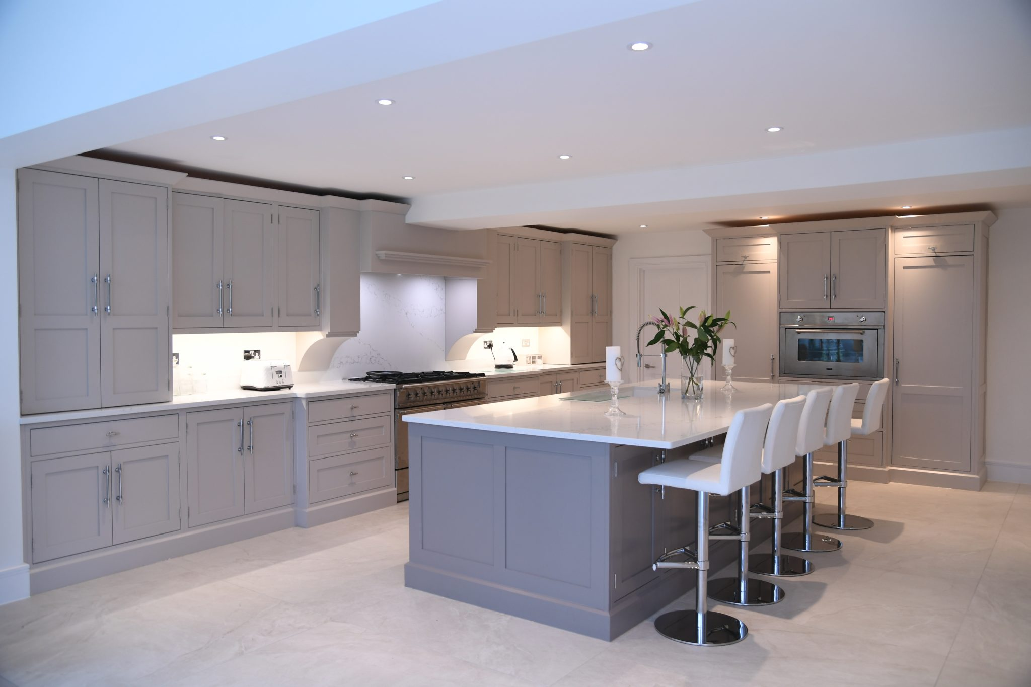 How to Make Practical and Trendy Fitted kitchens