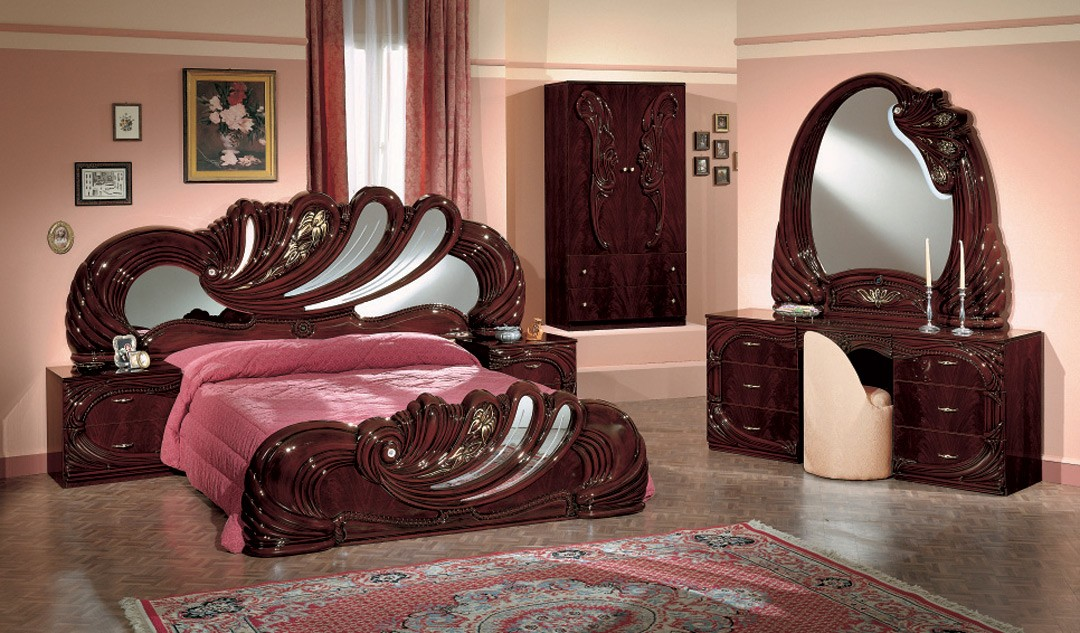 Vanity Italian Bedroom Set