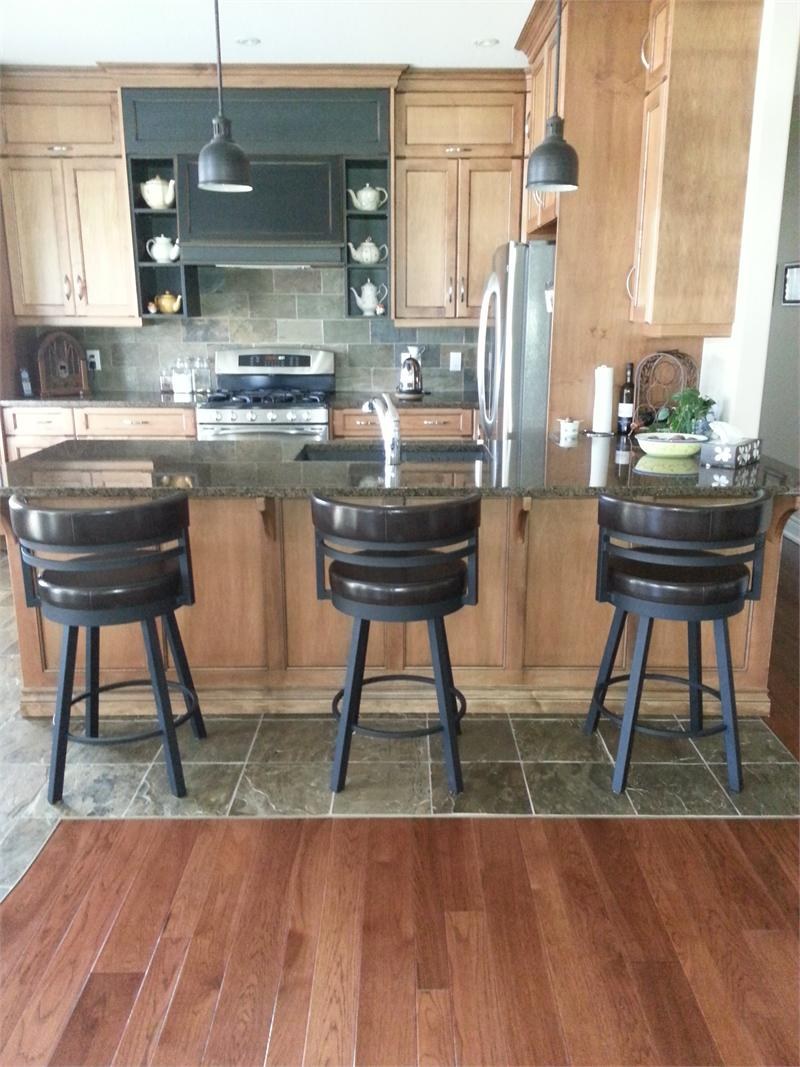 Bar Stool Height or Counter Height-What height should my kitchen stools be?