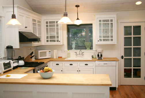11 Cheap and Easy Decorating Tips for the Kitchen   Apartments.com