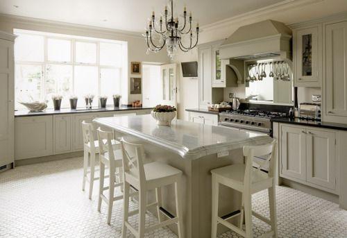 kitchen island that seats 4