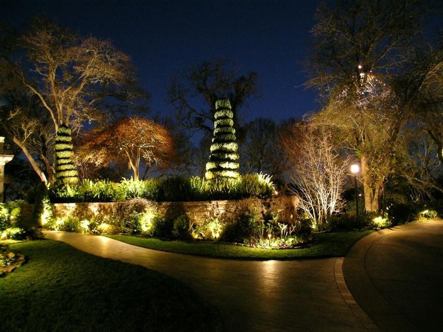 LED Outdoor Landscape Lighting Ideas