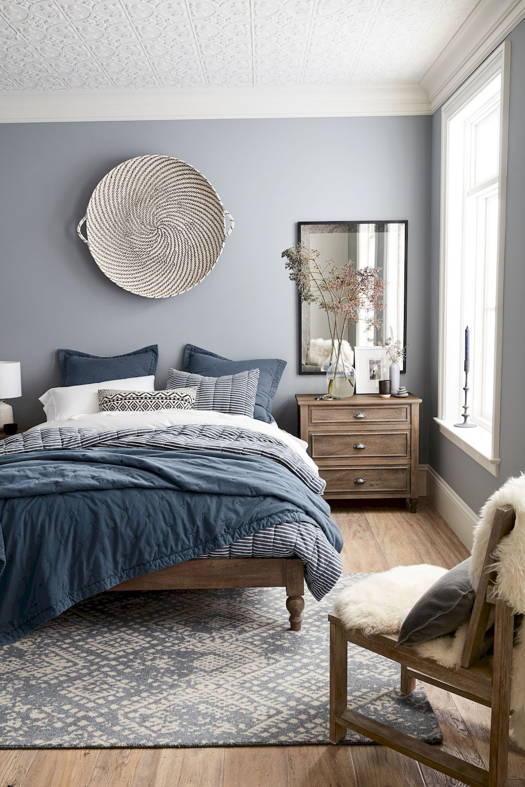 Minimalist Master Bedroom Ideas (75)