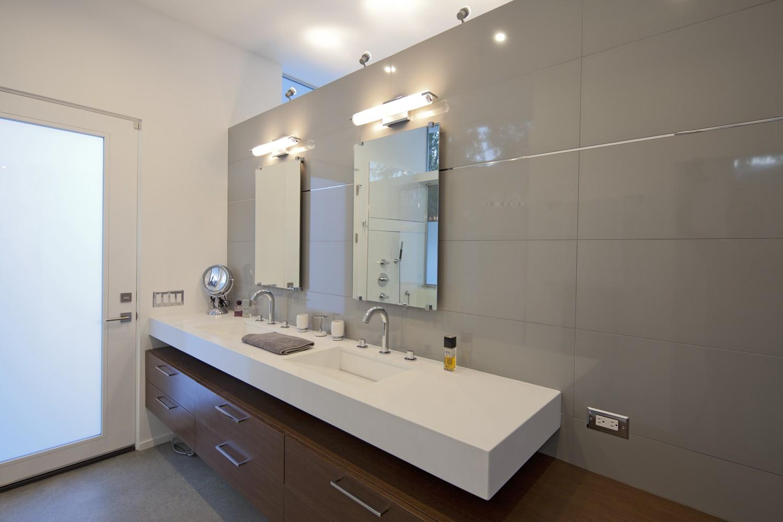 Go for the correct type of mid century   modern vanity lighting