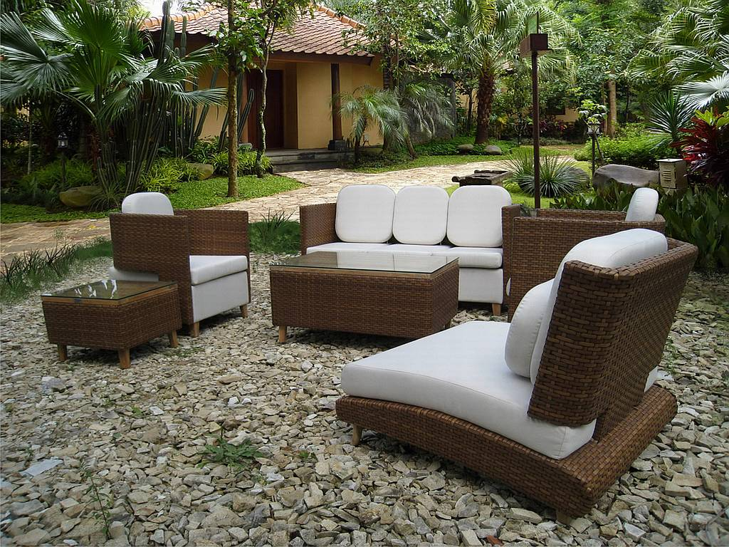 Best Small Outdoor Patio Set And Download Modern Patio Furniture Sets For  Small Garden Ideas 88