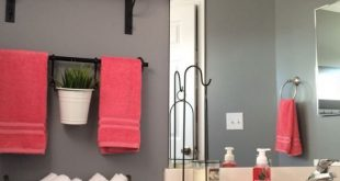26 Half Bathroom Ideas and Design For Upgrade Your House | small spaces |  Bathroom, Small bathroom, Home Decor